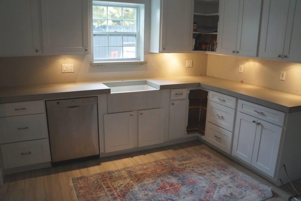 Beautiful thick light grey concrete countertops for a home in Dallas, Tx