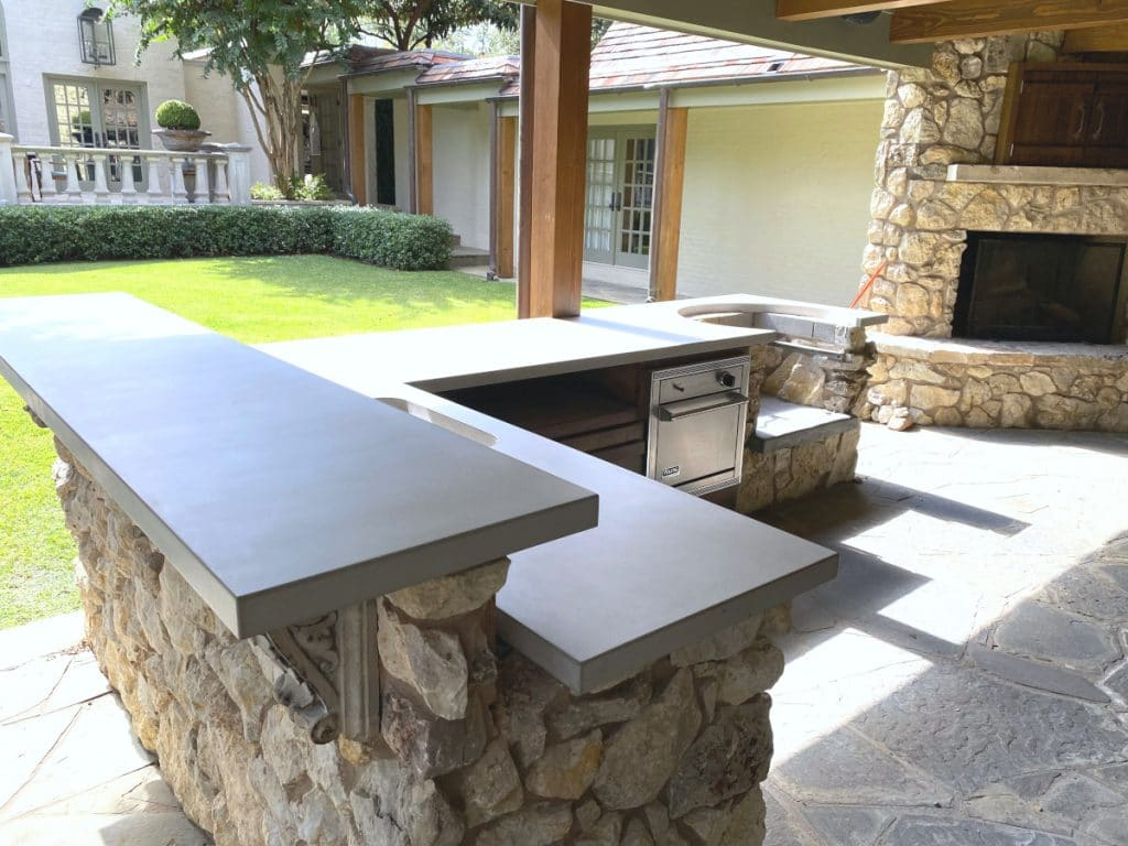 Beautiful Light Grey Concrete Tops for an Outdoor Kitchen