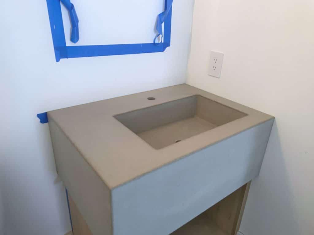 Thick concrete sink