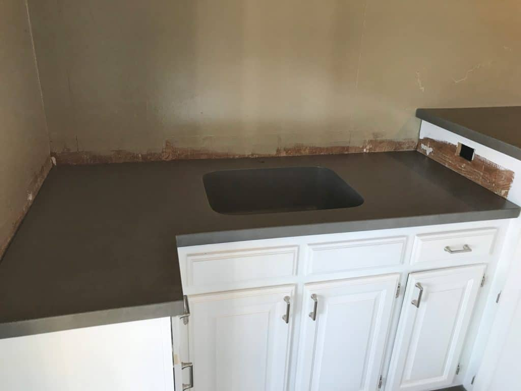 Lower Level Concrete Sink to go with the Large Concrete Bar Top