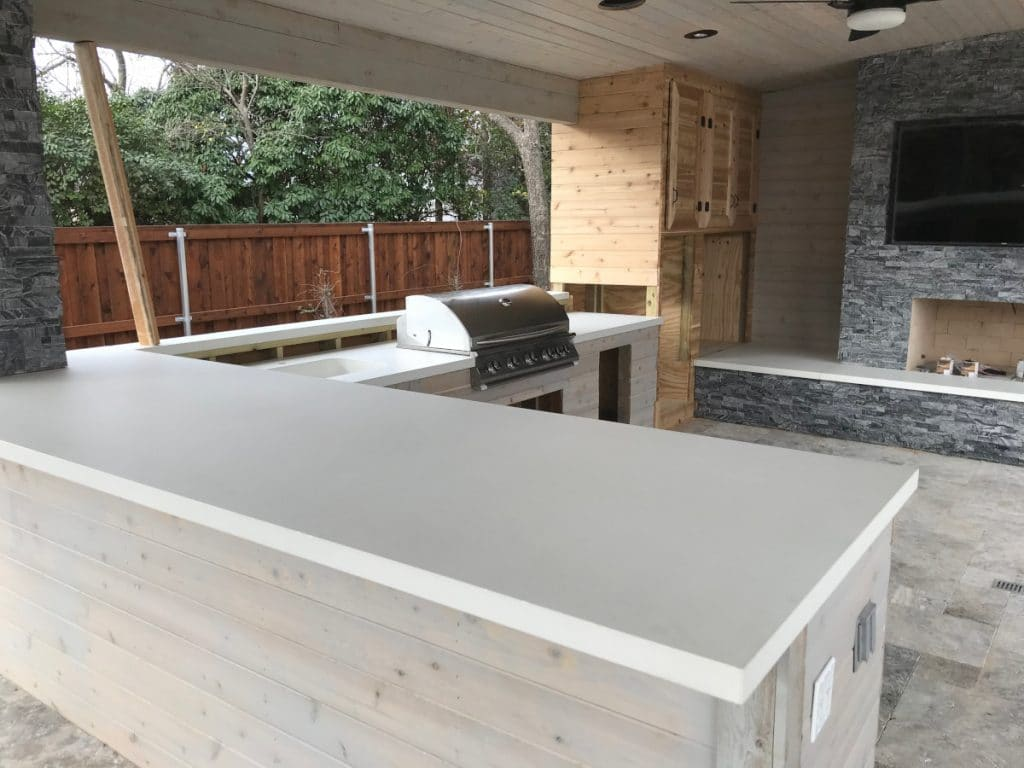 Large upper bar portion of the outdoor kitchen