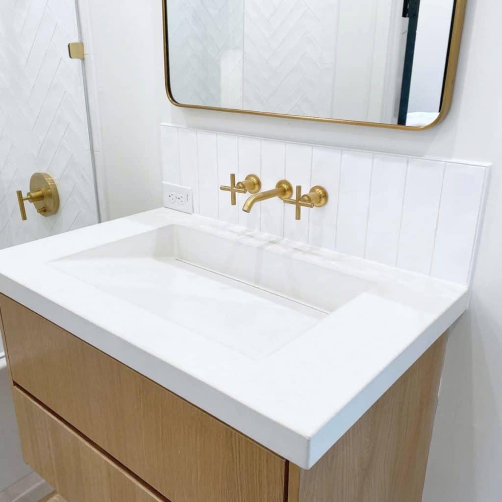 White Concrete countertop with ramp sink in Dallas, Tx
