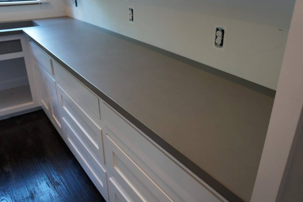 Grey concrete countertops are all the rage right now and here's why.