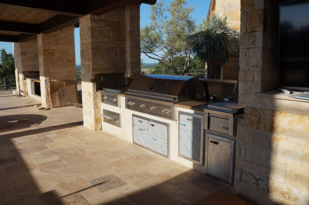 This huge Outdoor Kitchen was the furthest we've ever traveled to install. The job was in Baird, Texas just outside Abilene. It was one of our many collaborations with David Lewis Builders
